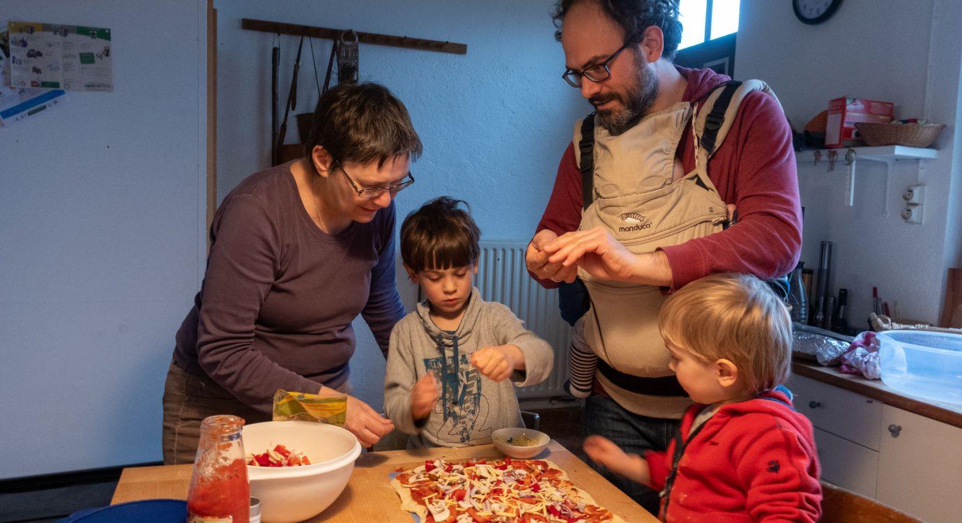 gemeinsames Pizzabacken